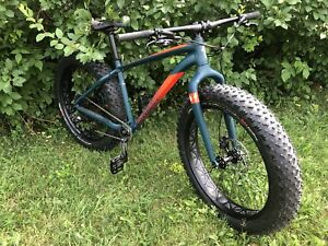 Fat Bike. Specialized