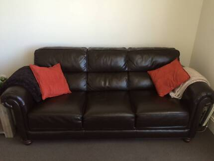 Comfy couch for sale Heidelberg Banyule Area Preview
