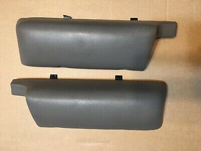 96-05 Gray Door Panel Arm Rest  LH & RH 1996-2005 ASTRO SAFARI VAN
