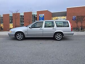WANTED Volvo V70 / XC70
