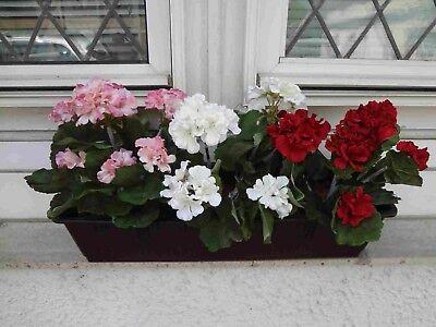 künstliche Blumen pflanzen Balkonkasten braun,  mit Geranien rot/weis/rosa