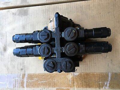 Jcb 25 223674 2 Spool Valve J 09 D 859 5000 B867 25223674 25-223674