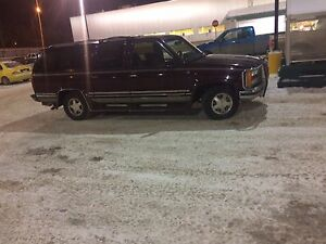 1993 GMC C1500 Suburban SLE - SELL OR TRADE!!!