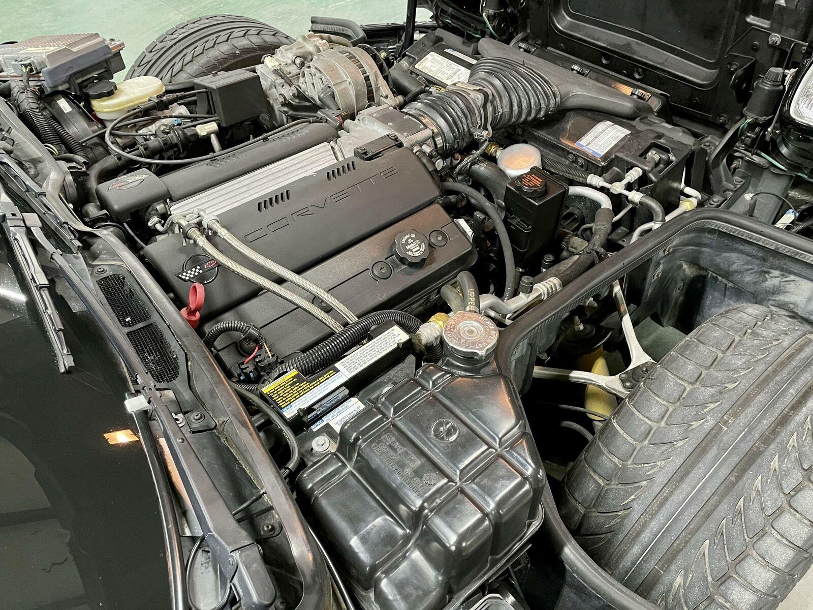 1996 Black Chevrolet Corvette     C4 Corvette Photo 10