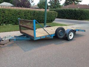 Single axle beaver tail trailer