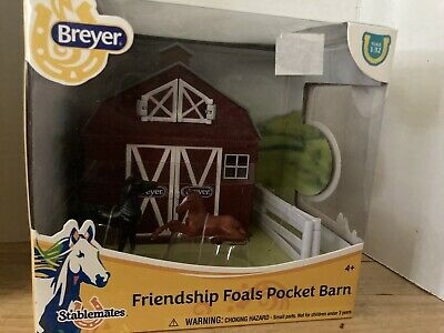 Breyer Stablemates Friendship Foals Pocket Barn - NEW w/ FREE US Shipping! #5343