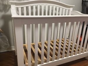 Shermag Baby Crib 4-in-1 (with extension kit) - White - $140