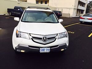 2009 Acura MDX  technology package with 3 years  full wranty