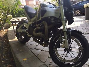 2006 Buell 984 CC lightning Like new !