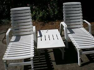 two outdoor lounges and table Northbridge Willoughby Area Preview