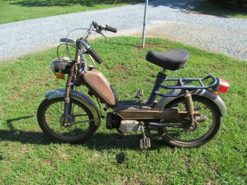 Vintage Pacer Moped Motor Scooter (Runs) Complete Bike