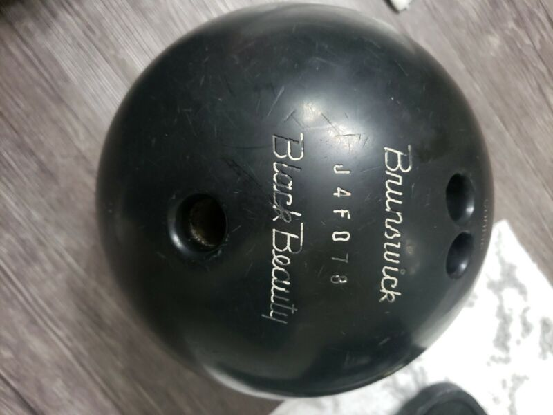 Brunswick Black Beauty 13lb Bowling Ball