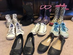 9 pairs of girls shoes & boots Size 2-5
