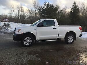 """2010 TOYOTA TUNDRA 4X4 """"only 99000kms"""""""
