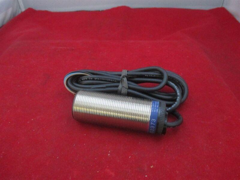 Telemecanique  XSAV02373 Proximity Sensor