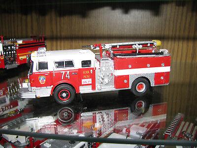 Code 3 FDNY Engine 74 Mack Feuerwehr New York F.D.N.Y.  online kaufen