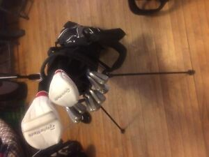 Full set of TaylorMade golf clubs !!!
