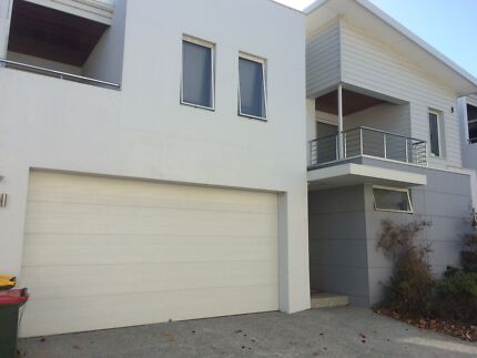 Quality house Two minutes walk to Scarborough beach Balcatta Stirling Area Preview