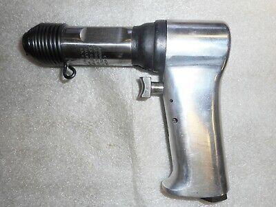 Chicago Pneumatic Size 000 Simplate Valve Hammer Rivet Gun