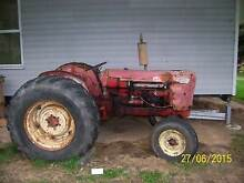 VINTAGE TRACTOR DAVID BROWN 990A Loch South Gippsland Preview