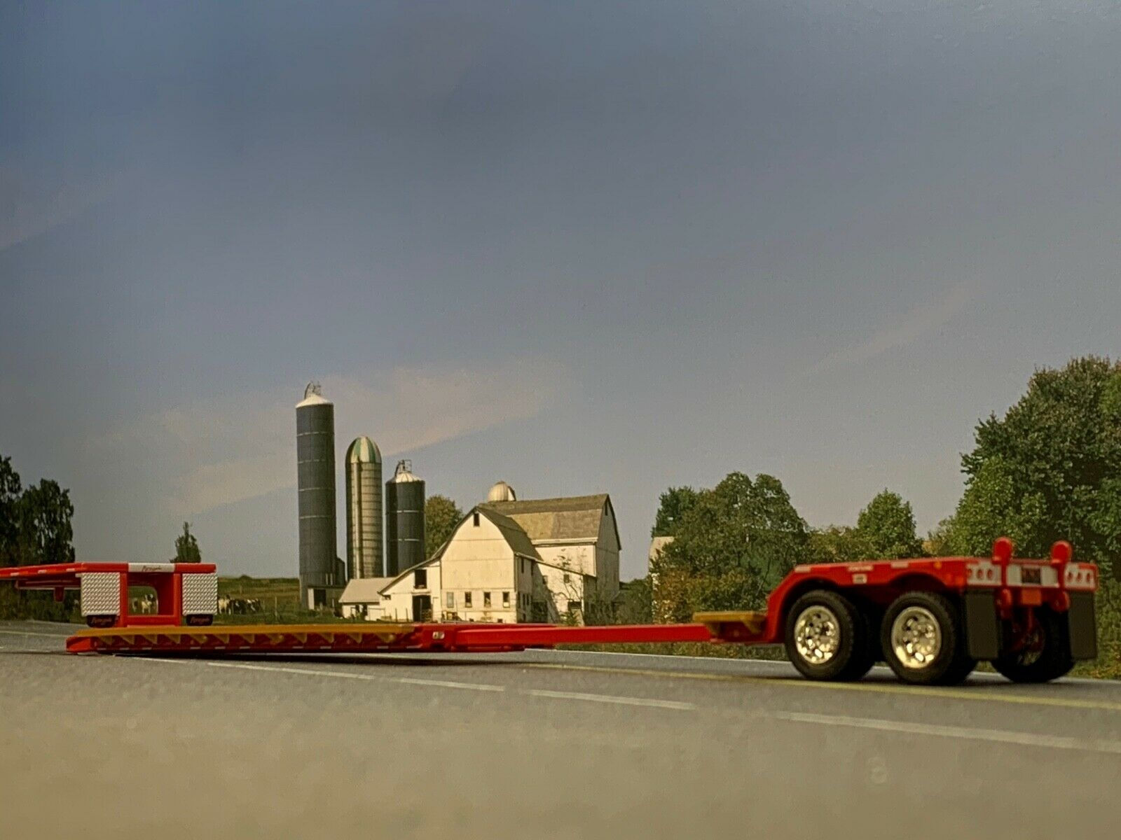 1/64 DCP RED FONTAINE RENEGADE STRETCH LOWBOY TRAILER 1