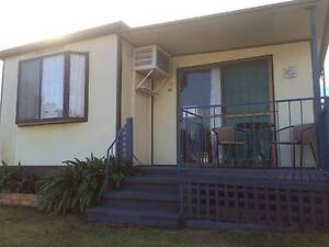 LAKES ENTRANCE 2 BEDROOM HOLIDAY UNIT Lakes Entrance East Gippsland Preview