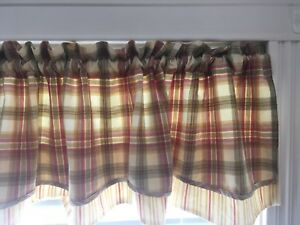 Valances with matching table cloth, runner and, placemats