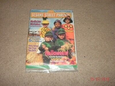 1999 Sesame Street Parents Magazine October Halloween Issue(Brand New in Bag)