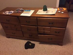 Dresser older needs some repair to drawers