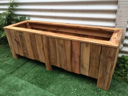 Planter Box Made From Recycled Pallets Garden Plants Pot New...