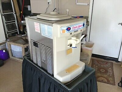 Taylor Soft Serve Ice Cream Machine Model 142
