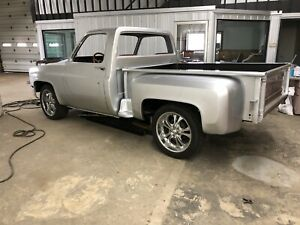 1983 Short box stepside 2 WD square body