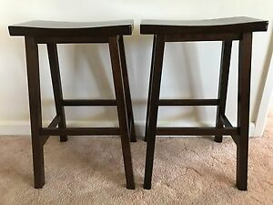 Pair of Solid timber Bar Stools, excellent condition. Wangaratta Wangaratta Area Preview