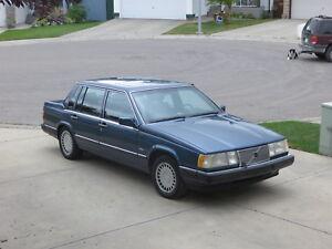 1988 Volvo 760 GLE Sedan