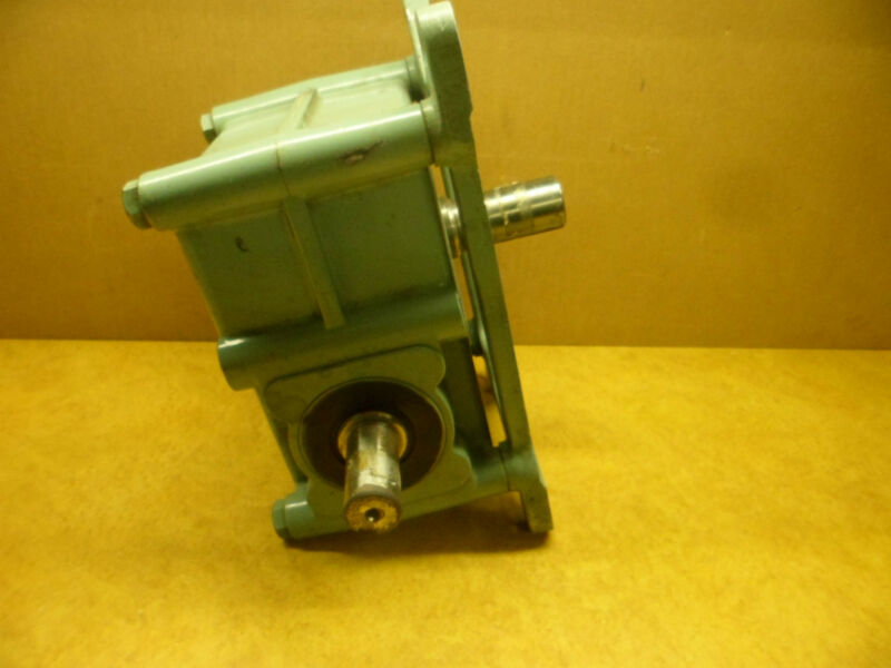 TSUBAKI EMERSON EMERWORM EW63V25RD SPEED REDUCER GEARBOX NOS RATIO 25