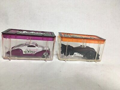 2004 Hot Wheels Avon Park N Plates Batman & Joker Cars S04 In Plastic Casing