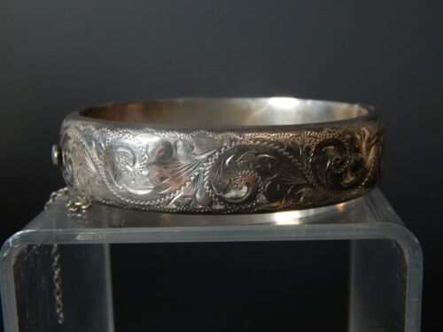 ENGLISH STERLING SILVER ENGRAVED Bright Cut Hallmarked Hinged Bangle