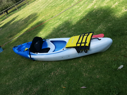 Glide horizon kayak