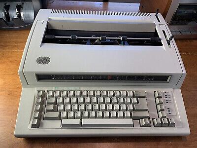 Ibm Personal Wheelwriter 2 Electronic Typewriter - Works Great