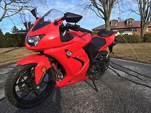 **Moto Ninja 250R 2012 Excellente condition