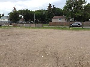 Commercials space yard for rent 255- 7th Avenue Regina Sask