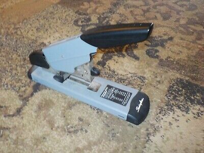 Swingline Heavy Duty Stapler 39005 Up To 160 Sheets