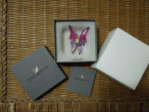 SWAROVSKI PARADISE ASTARA FUCHSIA BUTTERFLY BROOCH / PIN, MINT PRISTINE WITH BOX