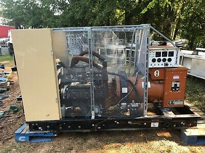 Generac 65 Kw Natural Gas 99a07719-s Commercial Generator Wcage 521 Hours