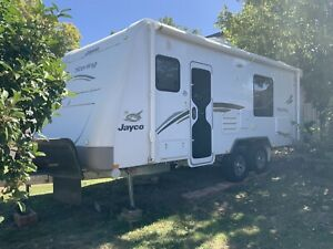 2013 Jayco sterling slide out.