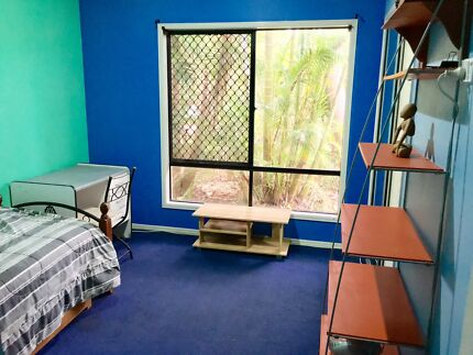 Room for rent Suffolk Park / Byron Bay