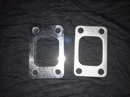 """T3 turbo  mount plate with gasket """"free post """""""