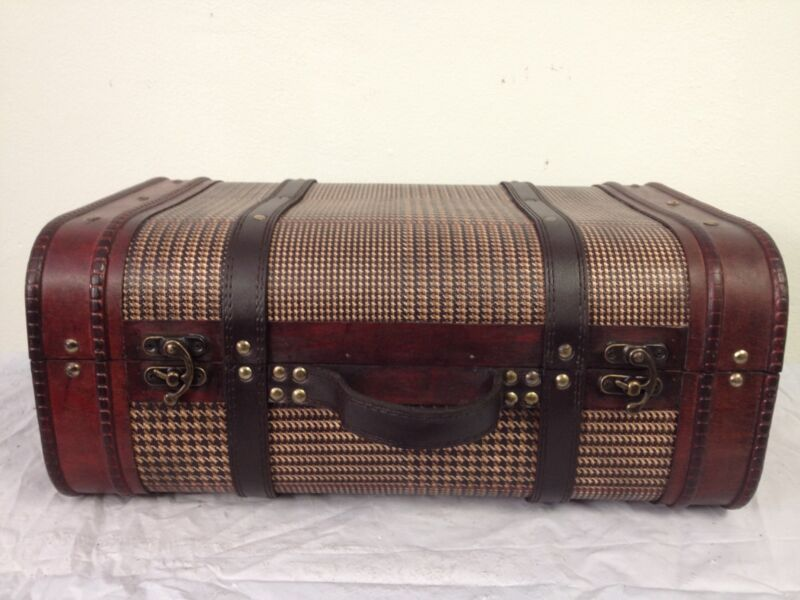 Replica Vintage-Style Wooden Suitcases (HF 018-A)