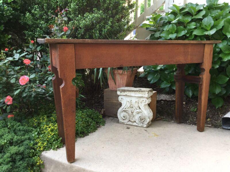 Antique, Middle Tenn. Primitive Side / Serving Table. Wood Peg Construction