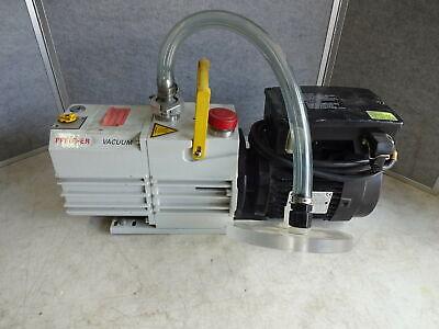 Pfeiffer Duo 10 Vacuum Pump